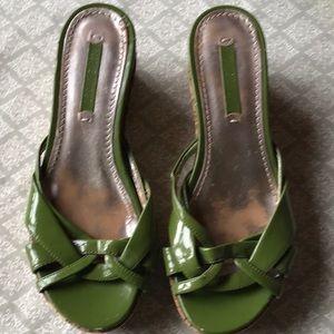 Sz 6 wedge heels